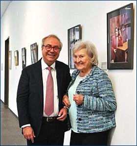 Dr. Theodoros Radisoglou mit Elly Kupfer-Dierckx; Foto: © Martin Kuchemeister