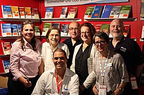 Das BDÜ-Team mit Präsidentin (Foto: © BDÜ e.V.)
