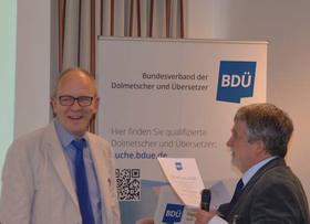 Goldene Ehrennadel des BDÜ für André Lindemann